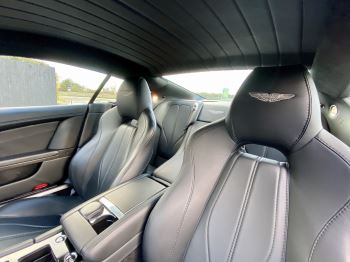 Aston Martin DB9 Carbon Edition V12 2dr Touchtronic image 13 thumbnail