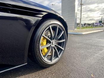 Aston Martin DB11 V12 AMR Touchtronic image 9 thumbnail