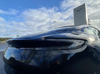 Aston Martin DB11 V12 AMR Touchtronic image 11 thumbnail