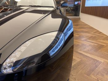 Aston Martin V8 Vantage S Roadster S 2dr Sportshift image 19 thumbnail