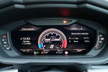 Lamborghini Urus 4.0T FSI V8 5dr Auto - Akrapovic exhaust & Exterior Carbon image 26 thumbnail