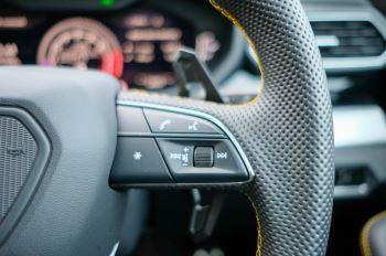 Lamborghini Urus 4.0T FSI V8 5dr Auto - Akrapovic exhaust & Exterior Carbon image 35 thumbnail
