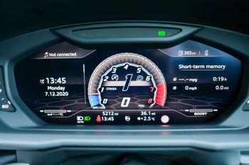 Lamborghini Urus 4.0T FSI V8 5dr Auto - Akrapovic exhaust & Exterior Carbon image 36 thumbnail