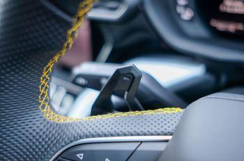 Lamborghini Urus 4.0T FSI V8 5dr Auto - Akrapovic exhaust & Exterior Carbon image 44 thumbnail