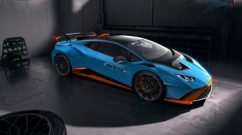 Lamborghini Huracan STO - From racetrack to road image 8 thumbnail
