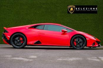 Lamborghini Huracan 5.2 V10 640 2dr Auto AWD image 2 thumbnail