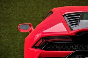 Lamborghini Huracan 5.2 V10 640 2dr Auto AWD image 11 thumbnail