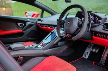 Lamborghini Huracan 5.2 V10 640 2dr Auto AWD image 14 thumbnail