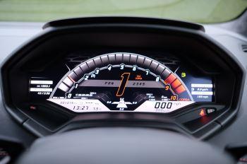 Lamborghini Huracan 5.2 V10 640 2dr Auto AWD image 26 thumbnail