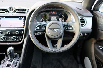Bentley Bentayga 4.0 V8 - Touring and Front Seat Comfort Specification  image 14 thumbnail