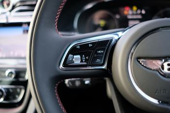 Bentley Bentayga 4.0 V8 - Touring and Front Seat Comfort Specification  image 27 thumbnail