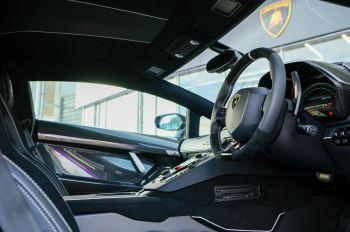 Lamborghini Aventador SVJ Coupe LP 770-4 ISR image 15 thumbnail