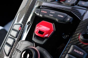 Lamborghini Aventador SVJ Coupe LP 770-4 ISR image 22 thumbnail
