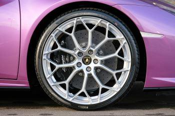 Lamborghini Huracan EVO Spyder 5.2 V10 640 2dr Auto AWD image 9 thumbnail