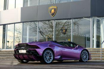 Lamborghini Huracan EVO Spyder 5.2 V10 640 2dr Auto AWD image 27 thumbnail