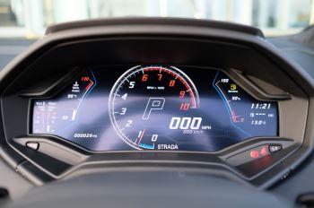 Lamborghini Huracan EVO Spyder 5.2 V10 640 2dr Auto AWD image 16 thumbnail