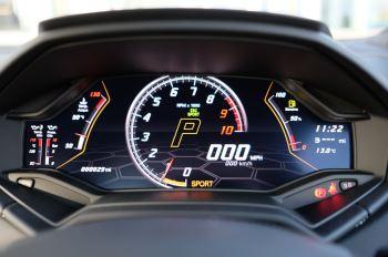 Lamborghini Huracan EVO Spyder 5.2 V10 640 2dr Auto AWD image 23 thumbnail