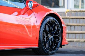 Lamborghini Huracan EVO 5.2 V10 640 2dr Auto AWD image 13 thumbnail