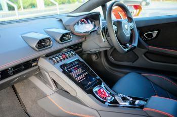 Lamborghini Huracan EVO 5.2 V10 640 2dr Auto AWD image 7 thumbnail