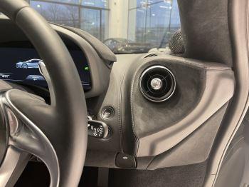 McLaren GT 4.0 V8 2dr image 11 thumbnail