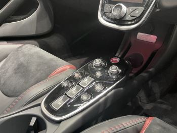 McLaren GT 4.0 V8 2dr image 15 thumbnail