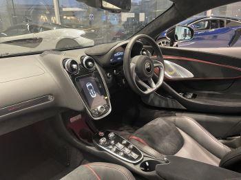 McLaren GT 4.0 V8 2dr image 20 thumbnail