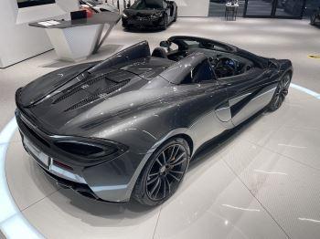 McLaren 570S Spider V8 2dr SSG image 16 thumbnail
