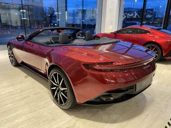 Aston Martin DB11 V8 Volante Touchtronic image 3 thumbnail
