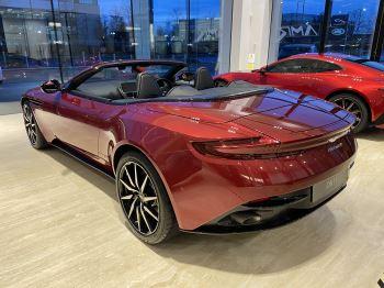 Aston Martin DB11 V8 Volante Touchtronic image 8 thumbnail