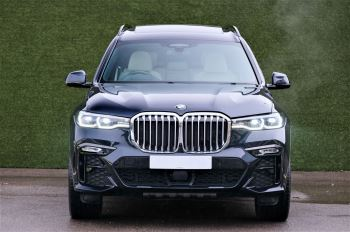 BMW X7 xDrive40i M Sport 5dr Step - Head up Display - M Sport exhaust system image 2 thumbnail