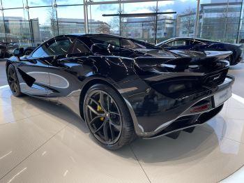 McLaren 720S Spider 4.V8 2 DR PERFORMANCE image 9 thumbnail