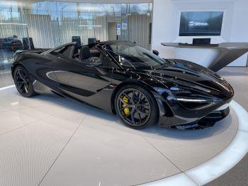 McLaren 720S Spider 4.V8 2 DR PERFORMANCE image 15 thumbnail