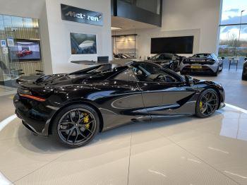 McLaren 720S Spider 4.V8 2 DR PERFORMANCE image 16 thumbnail