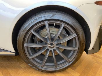 Aston Martin New Vantage 2dr ZF 8 Speed image 8 thumbnail