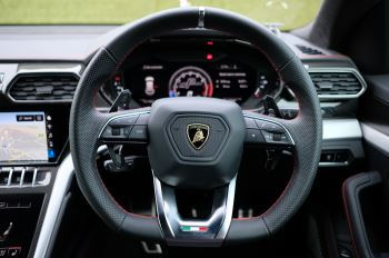 Lamborghini Urus 4.0T FSI V8 5dr Auto image 17 thumbnail