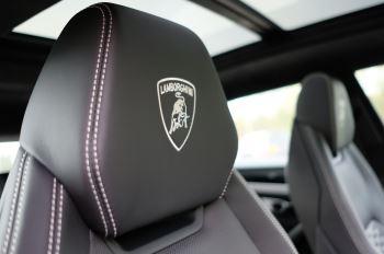 Lamborghini Urus 4.0T FSI V8 5dr image 17 thumbnail