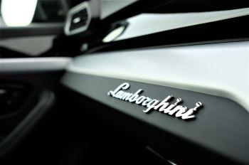 Lamborghini Urus 4.0T FSI V8 5dr image 23 thumbnail