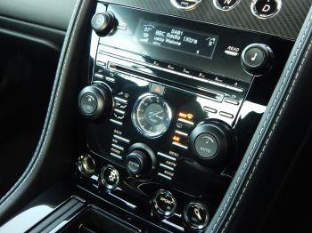 Aston Martin DB9 V12 2dr Touchtronic, Carbon Edition image 15 thumbnail