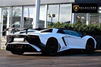 Lamborghini Aventador LP 750-4 Superveloce 2dr ISR image 3 thumbnail