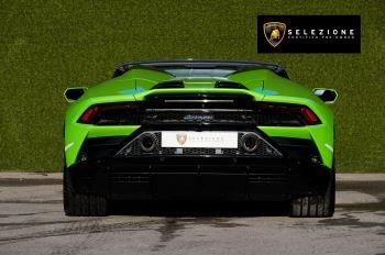 Lamborghini Huracan EVO Spyder 5.2 V10 610 2dr Auto image 4 thumbnail