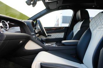 Bentley Bentayga First Edition 4.0 V8  image 17 thumbnail