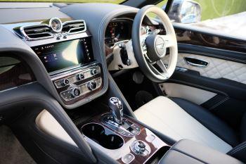 Bentley Bentayga First Edition 4.0 V8  image 11 thumbnail