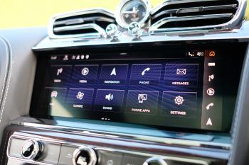 Bentley Bentayga First Edition 4.0 V8  image 20 thumbnail