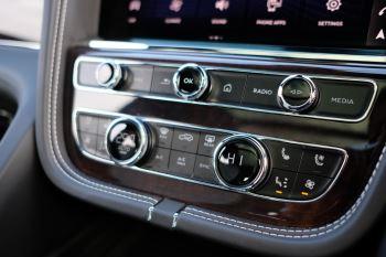 Bentley Bentayga First Edition 4.0 V8  image 21 thumbnail