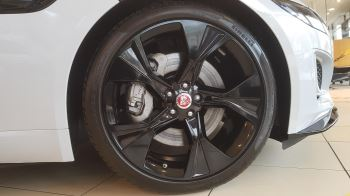 Jaguar F-TYPE 2.0 P300 R-Dynamic image 5 thumbnail
