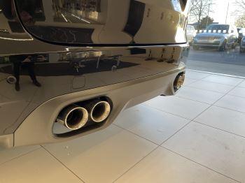 Jaguar F-PACE 5.0 V8 550 SVR AWD image 5 thumbnail