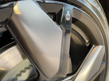 Jaguar F-PACE 5.0 V8 550 SVR AWD image 4 thumbnail