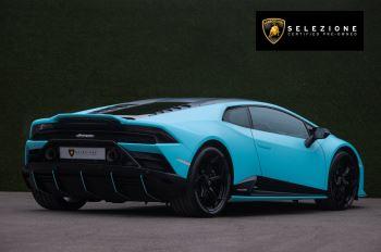 Lamborghini Huracan EVO Coupe image 3 thumbnail