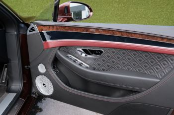 Bentley Continental GTC 6.0 W12 - First Edition Specification image 17 thumbnail