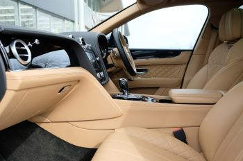 Bentley Bentayga 6.0 W12 5dr - Mulliner Driving Specification  image 17 thumbnail
